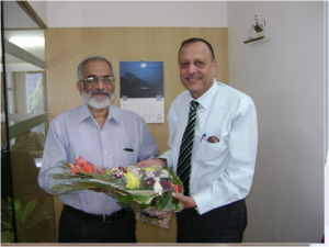 Dr. Abhyankar being welcomed by Perennial Management